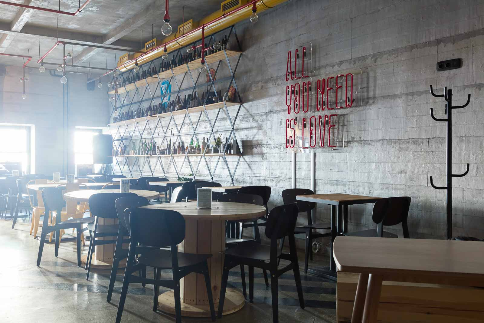 Concrete walls in the craft bar