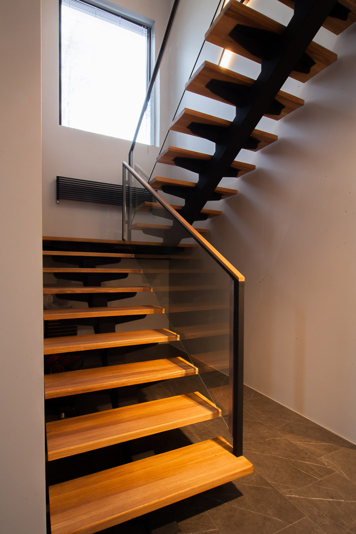 Wooden floating staircase